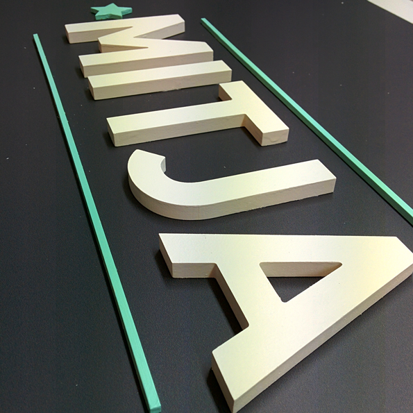 Fabricaci n de letras corp reas en barcelona uvrotulacion - Fabricacion letras corporeas ...